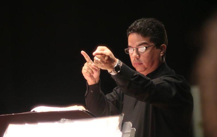 Juan C _ Conducting